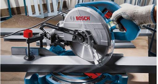Máy cắt nhôm Bosch