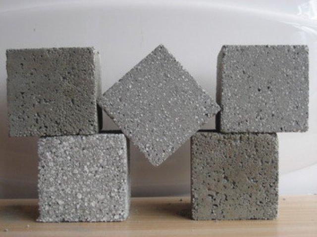 Bê tông nhẹ bọt xốp